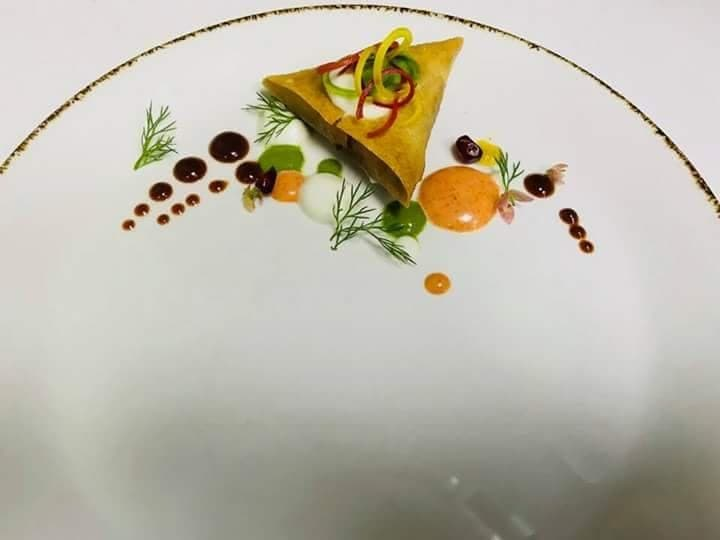 PLATING OF PUNJABI SAMOSA