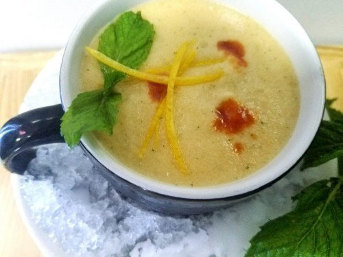 Iced melon fruit soup/spicy cold soup recipe