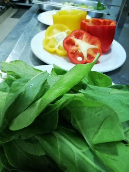 bell pepper with spinach