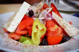 Best Greek salad, quick and easy salad