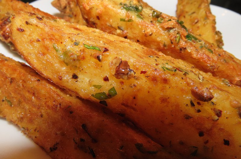 Homemade spicy potato wedges: How to make?