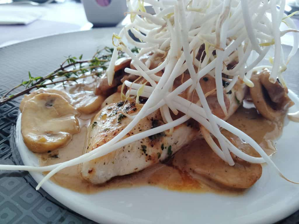 Healthy beans sprout with chicken Marsala recipe